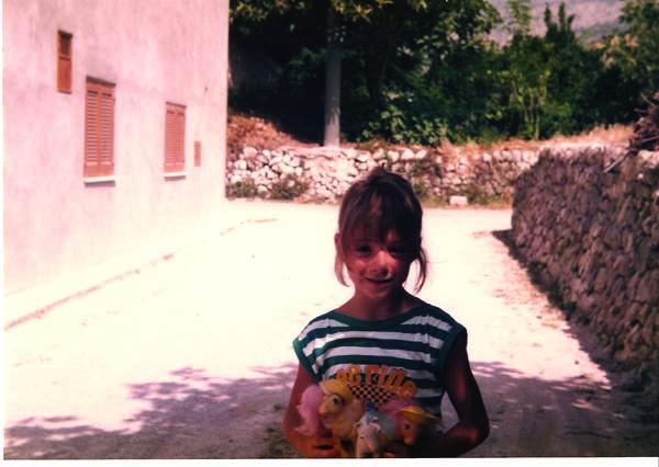 Nous, enfants avec nos poneys et autres jouets - Page 6 MoiEtMesPoneysbis